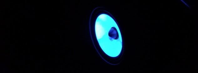 【アウターバッフルを自作・加工:その2】 完成! LEDも投入! 音質も見た目も大満足! 日産:ジューク