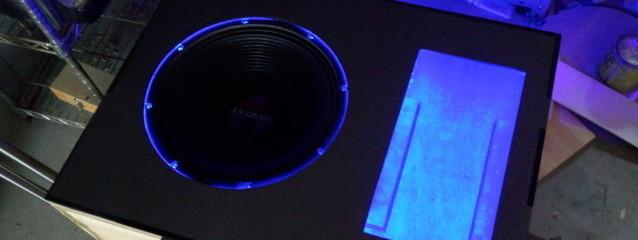 ラゲッジにサブウーハーを埋め込み LEDを仕込んでみたよ 【日産:ジューク】 その4