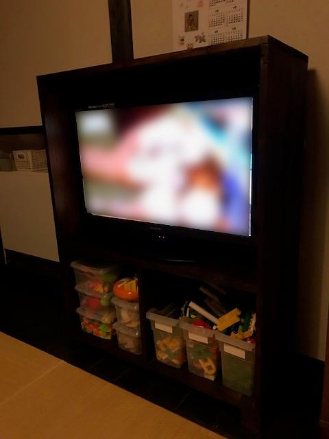 テレビ棚を使ってみる